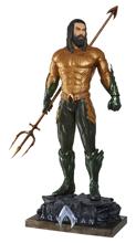 Aquaman - Aquaman Life Size Figure (Base included)